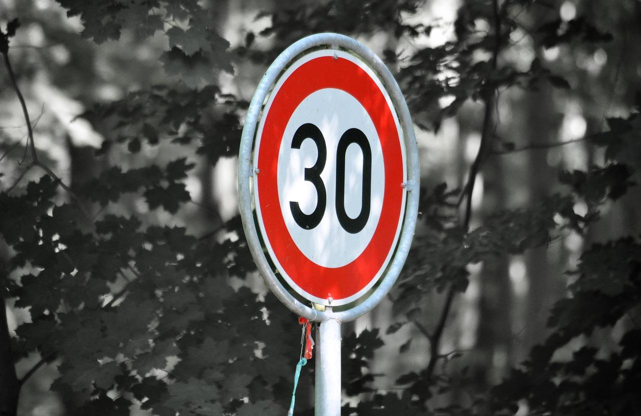 Alle Spanischen Städte senken das Tempolimit auf 30 km/h innerorts