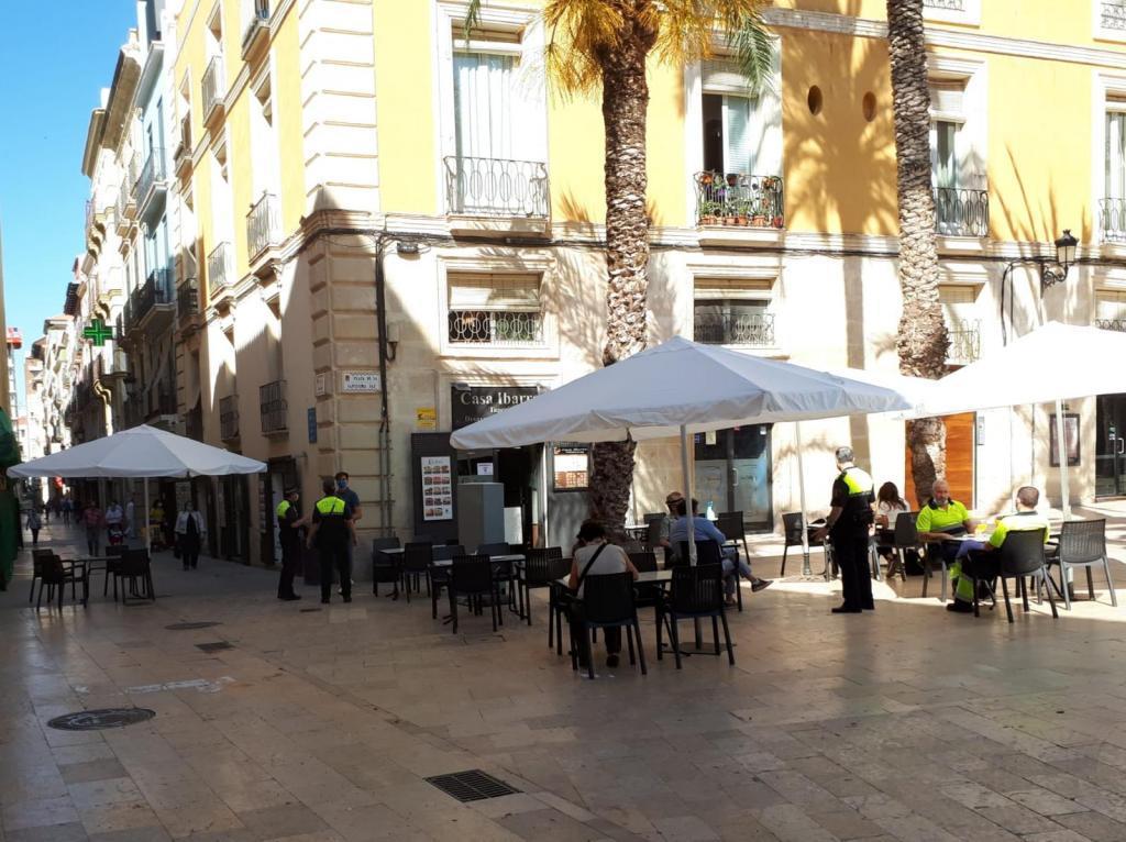 Der Bürgermeister von Alicante Barcala wird dem Gastgewerbe eine Rückerstattung der Müllgebühren in höhe von einer Million Euro genehmigen