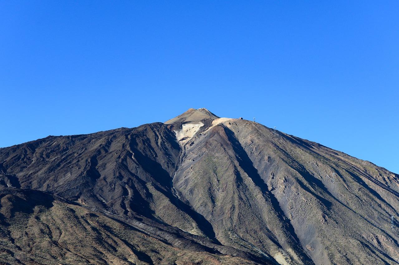 Vulkanausbruch Alarm der Stufe Gelb auf der Kanarischen Insel La Palma