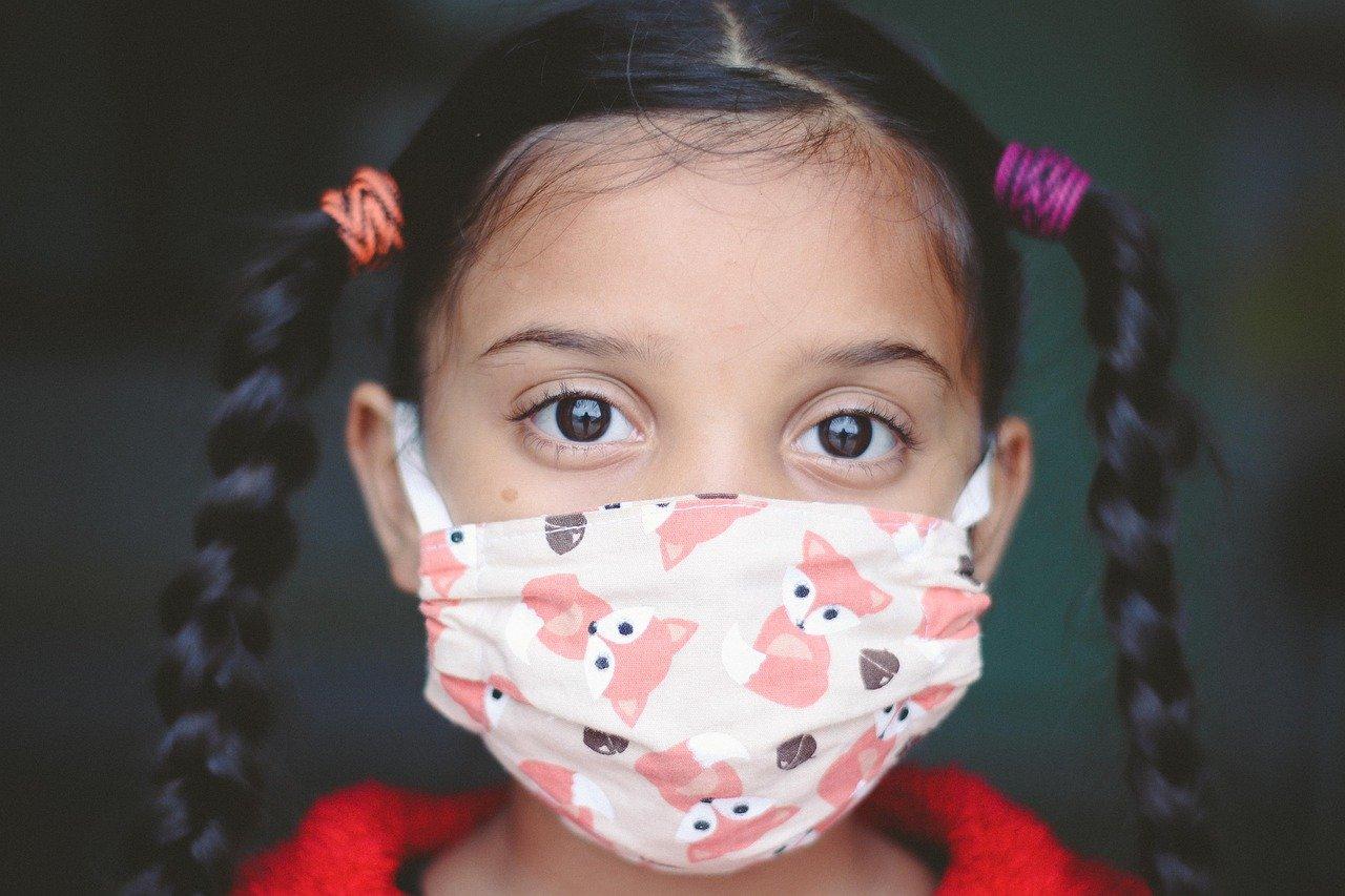 Studie des Instituto de Salud Global de Barcelona beweist dass COVID-19 eine saisonale Infektion wie die Grippe ist